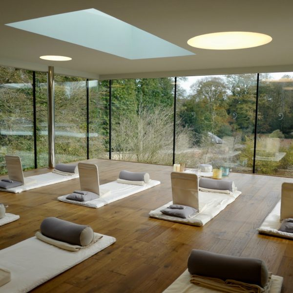 stay avalon retreat wellbeing centre yorkshire